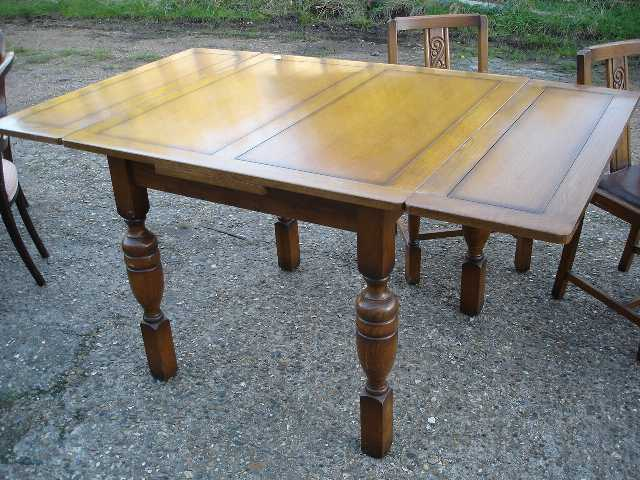 Antique Furniture 9346 Oak Drawleaf Dining Table