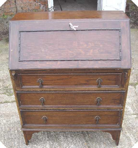 Antique early 20th cent. oak bureau Desk